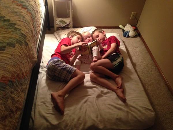 Mari, Lucia, and Elliot Reading