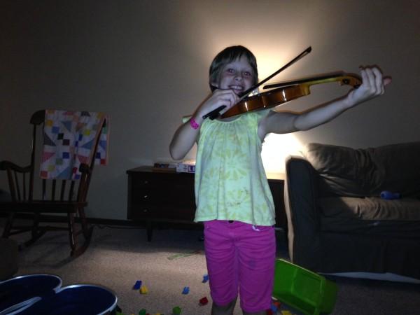 Mari Violin